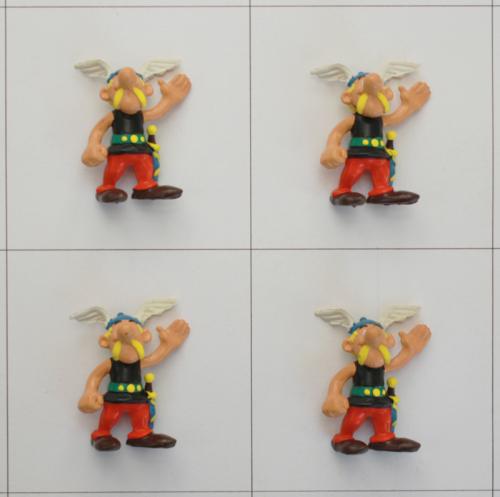 4 Asterix, grüßend, Comic Spain - Kuschel-Muschel